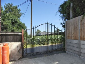 Gated 2nd access